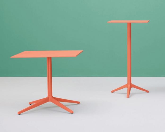 Pied de mange debout Ypsilon Jorge Pensi Design Studio Pedrali