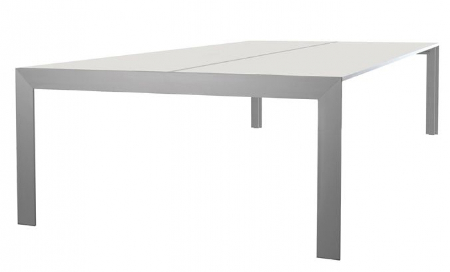 Table 4 pieds Matrix desk Claudio Dondoli Marco Pocci Pedrali
