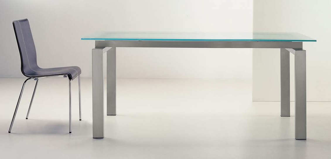 Table 4 pieds Space Pedrali inox