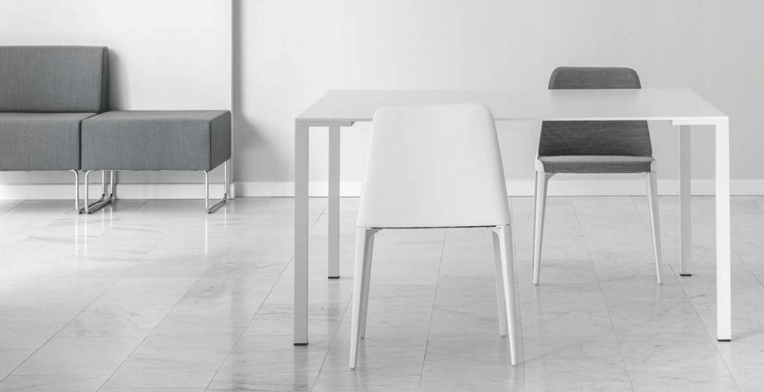 Table 4 pieds Togo Pedrali