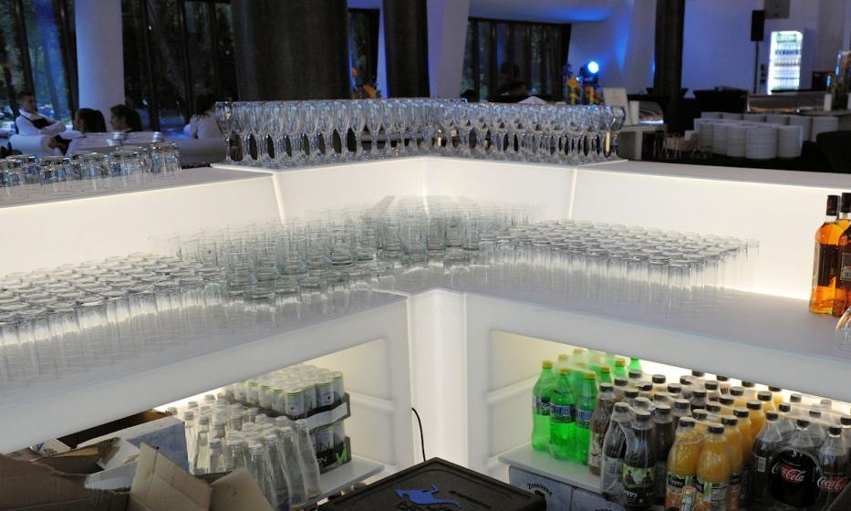 Comptoir de bar Oblique Pedrali éclairage lumineux design