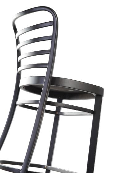 Chaise haute Emma bois courbé garnie