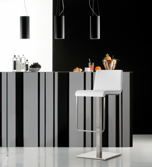 kuadra pedrali design inox tabouret tissu mobilier cafe promo chaise haute tabouret fonctionnel confortable pivotant