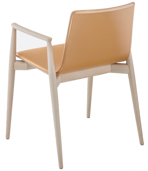 achat pedrali fauteuil malmo 397 stéphane plaza mobilier frêne cuir assise galbée fauteuil confortable rose