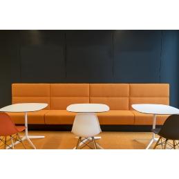 Banquette modulable Modus pedrali linéaire MDL rembourrée capitonnées piqures coutures restaurant