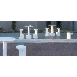 Tabouret design Serif Odo Fioravanti Pedrali polyéthylène résine blanc noir ou gris exerieur monobloc design