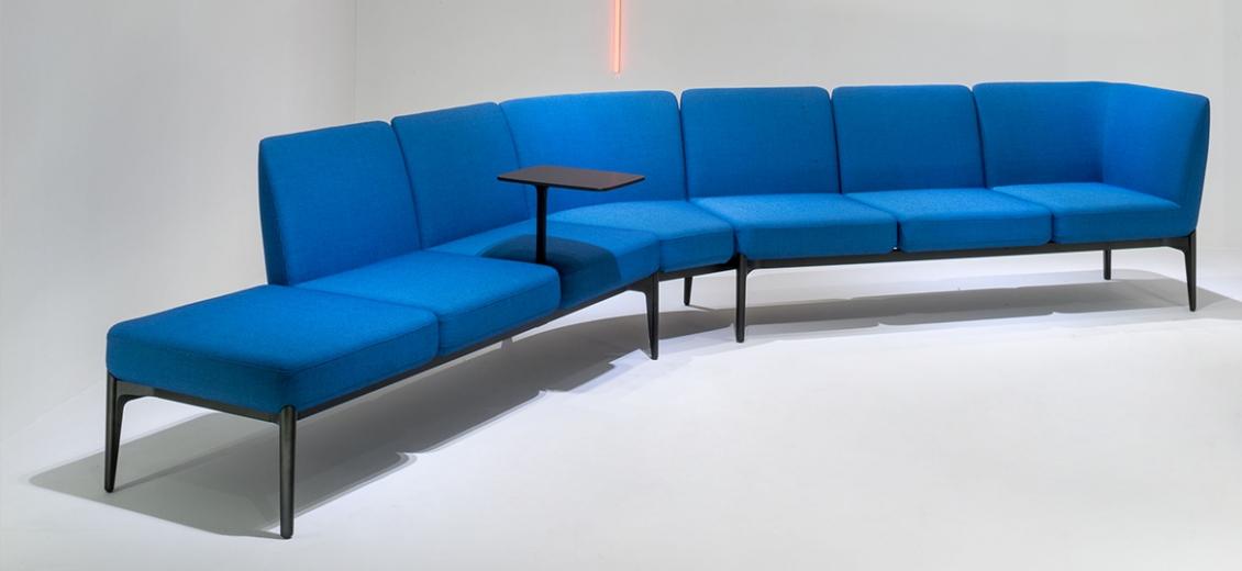 Canapé banquette Social angle Patrick Jouin Pedrali DS02 confortable