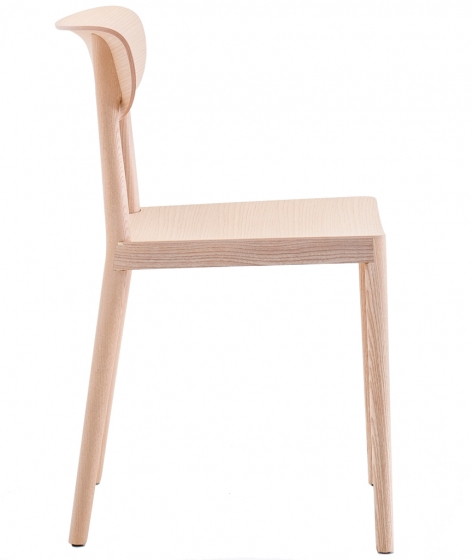 Chaise Tivoli 2800 Pedrali frêne massif Assise bois et dossier bois design scandinave